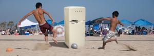 Pro Beach Soccer - La maniabilité d'un frigo pour faire rire les enfants