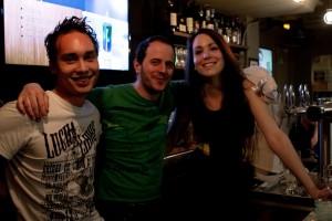 Manolak (aka : meilleur barman du monde), Yann-Cedric, et Sophia, les 3 fondateurs du Meltdown